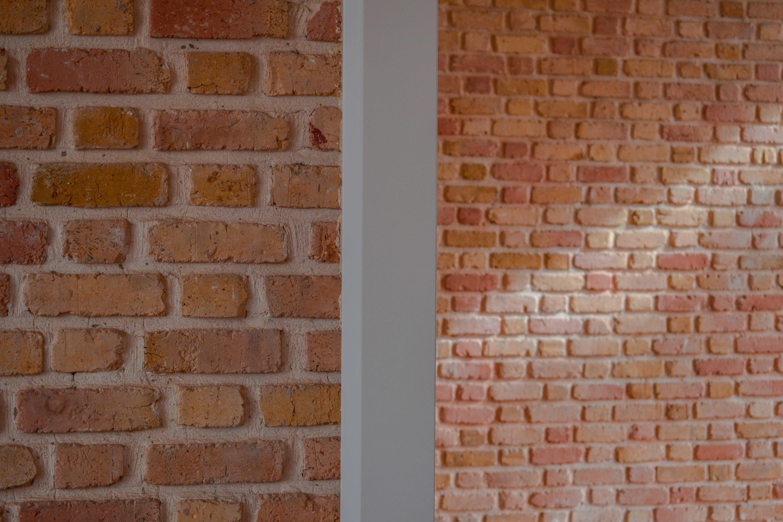 نمای دیوار آجری پروژه دفتر شرکت آبادگستر سحر
